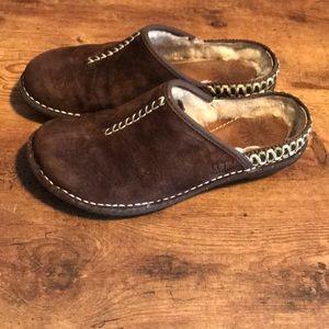 Ugg Kohala mule on brown suede